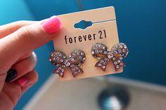 Bow earrings. So cute <3