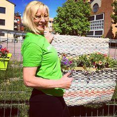 Kukkia räsymatoilla saako olla? Tämän kesän istutus on #mattovuosi2017 idean mukainen. Tulkaa #järvenpää tutustumaan #hyväjäke #futuremarja