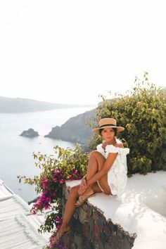 Lovely Pepa in Santorini Vacation Style, Vacation Outfits, Summer Outfits, Picnic Outfits, Travel Style, Summer Clothes, Travelling Outfits, Europe Travel Outfits, Traveling Europe