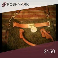 Mk purse Brown and tan athenthic mk purse MICHAEL Michael Kors Bags Shoulder Bags