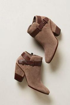 Anthropologie Hilary Booties $189.00 - Buy it here: https://www.lookmazing.com/products/show/5355197?shrid=7_pin