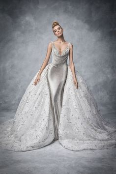 Sparkling Swarovski Bridal Gown /lnemnyi/lilllyy66/ Find more inspiration here: http://weheartit.com/nemenyilili/collections/22262382-like-a-lady