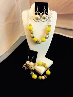 Lemon Yellow for Spring 2015!