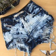 DEGRANT SHORTS SKY SPOT Shorts Outfits For Teens, Summer School Outfits, Short Outfits, Cool Outfits, Fashion Outfits, Casual Outfits, Diy Shorts, Ripped Shorts, Black Ripped Jeans