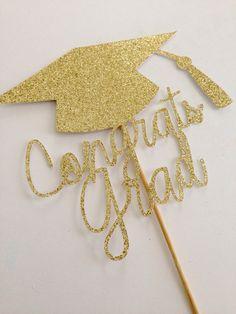 Gold Congrats Grad Cake Topper   12 Best Graduation Party Ideas | Catchmyparty.com