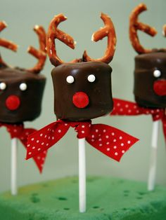 Joy! 10 Cute and Easy Holiday Treats for Kids