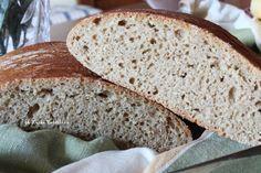 Pane 100% farina di timilia: un pane con farina integrale di timilia ( un grano antico siciliano) dal profumo e sapore intenso.