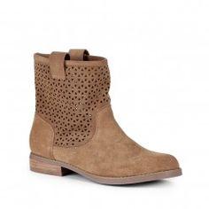 Kaye boot, Sole Society