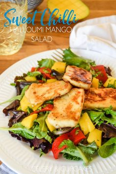 Sweet Chilli Halloumi Salad - a simple salad that is quick to make and super delicious!
