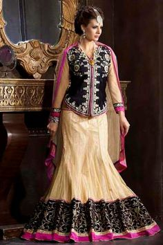 Natasha Couture - Shop with confidence from the exclusive collection of Indian Designer Women Clothing. We offer wedding lehenga, bridal lehenga, wedding sarees and anarkali suits online in India and Worldwide. Bridal Lehenga Online, Party Wear Sarees Online, Bridal Lehenga Choli, Buy Sarees Online, Saree Wedding, Wedding Wear, Net Lehenga, Chiffon Saree, Georgette Sarees