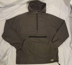 LL Bean Mens Windbreaker Jacket Hoodie size M Made in USA Nylon Hiking Camping #LLBean #Windbreaker