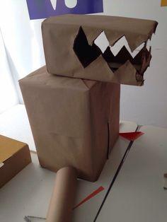 Fantasia de Dinossauro/Dragão com caixas