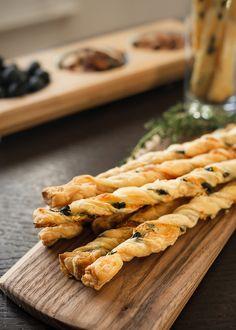 Olive Cheese Straws | www.kitchenconfidante.com