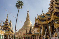 BIRMANIE - The Shwedagon Pagoda in Yangon, Myanmar (Burma) - The heart of Myanmar's faith The Shwedagon Pagoda in Yangon is the largest in Myanmar. The heart of the country's Buddhist faith, it's a shining golden symbol of the people.