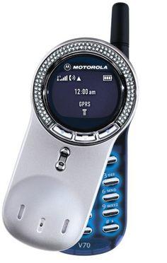 Siempre quise uno de estos Motorola V70 y nunca se me hizo . . .