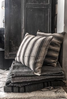 wool pillows and plankets © Paulina Arcklin Textiles, Home And Deco, Vintage Industrial, Soft Furnishings, Shades Of Grey, Interior Inspiration, Home Accessories, Interior Decorating, Sweet Home
