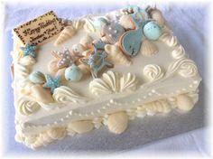 ウェディングケーキ デザイン 海 - Google 検索 Baby Shower Sheet Cakes, Shower Cakes, Pretty Cakes, Beautiful Cakes, Wedding Sheet Cakes, Luau, Marine Cake, Buttercream Fondant, Seashell Wedding