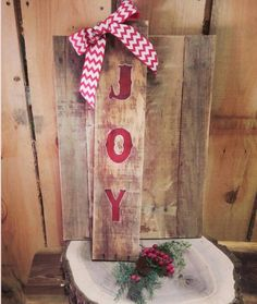 Check out this item in my Etsy shop https://www.etsy.com/listing/207442685/joy-pallet-sign-chevron-ribbon-rustic