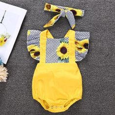 Sunflower Print Ruffle Bodysuit with Headband for Baby Girl – TYChome baby girls baby boy baby girl fashion baby boy fashioneuropean baby fashionbaby summer fashion baby fashion trends hipster vintage baby clothes Baby Bikini, Vintage Baby Clothes, Cute Baby Clothes, Clothes Shops, Clothes Sale, Clothing Stores, Babies Clothes, Women's Clothes, Baby Clothes For Girls