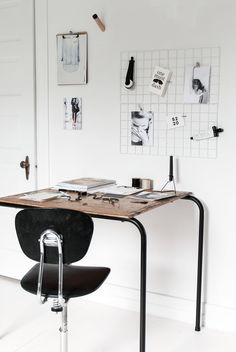 Inspiration | S2 20 black and white workspace with a vintage desk by my unfinished home