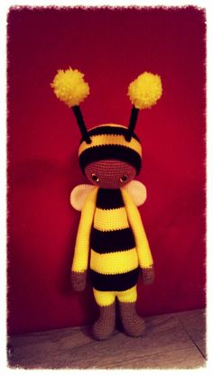 bee mod made by Dana G. / based on a lalylala crochet pattern