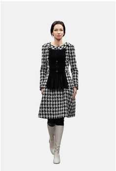 The Fall-Winter 2016/17 Pre-collection Ready-to-wear collection on the CHANEL official website