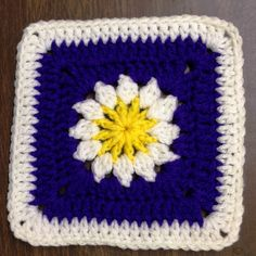 Ravelry: krikket207's Rainbows and Daisies Square