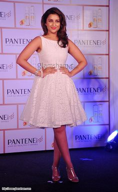 Parineeti Chopra In Short Frock at Bollywood Beauties In Hot Short Frocks picture gallery picture # 16 : glamsham.com