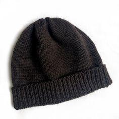 Como huen - strikket hue til hele familien - FiftyFabulous Drops Design, Drops Karisma, Drops Baby, Knit Crochet, Crochet Hats, Cushions To Make, Bindi, Book Making, Knitted Hats