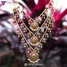 Pearl necklace designs by Vaibhav photo - Pearl necklace designs by Vaibhav photo - Indian Wedding Jewelry, Wedding Jewellery Gifts, Indian Jewelry, Bridal Jewelry, Jewelry Gifts, Pakistani Jewelry, Indian Bridal, Pearl Necklace Designs, Pearl Jewelry
