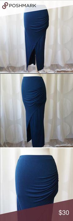 B Envied Black Red Horizontal Stripes Printed Split Maxi Skirt