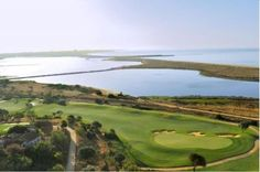 Golf Course Palmares in Algarve, Portugal Algarve, Golf Hotel, Golf Pictures, Golf Holidays, Best Golf Courses, Portugal Travel, Play Golf, Countries Of The World, Golf Clubs