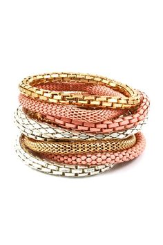 jewelry/bracelets
