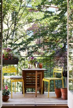 Plan your small balcony so that you can leave open access to it thereby giving you the feeling of more space. Outdoor Rooms, Outdoor Gardens, Outdoor Living, Porches, Balcony Plants, Terrace Garden, Inspiration, Beautiful Homes, Garden Design