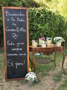 Floristeria Marbella Bodas Eventos Wedding Bouquets, Wedding Flowers, Flowers Delivered, Amazing Flowers, Centerpieces, Wedding Decorations, Corner, Floral, Decorations