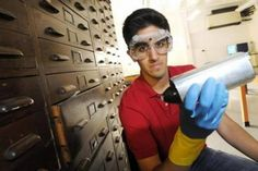 The teenager who won an award for his invention which turns CO2 into oxygen while you drive