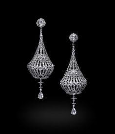 Carnet white gold and diamond chandelier earrings