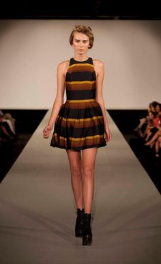 Lonely Heart, Photo Heart, Seal, Hearts, Collection, Dresses, Fashion, Vestidos, Moda