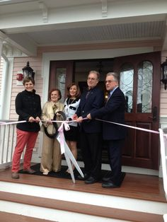 via WNPR http://wnpr.org/post/saybrook-point-inn-opens-historic-guest-house