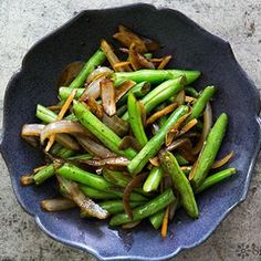 ... Pinterest | Garlic green beans, Green beans and Vegetable side dishes