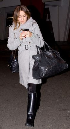 Who made Lauren Conrad's black boots, black bag, and purse that she wore at LAX airport?