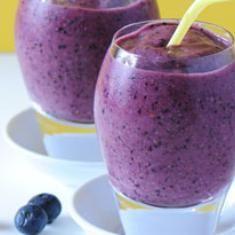 Blueberry Brain Boost Smoothie (via foodily.com)