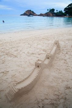 cheng great wall of redang beach :)