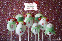 Christmas Snowman Cake Pops with scarves & earmuffs :-) Weihnachtliche Schneemann Cake Pops mit Ohrenwärmer und Schal natürlich =)