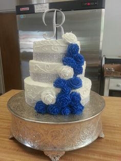 Wedding Cake, White and Royal Blue by Cupookies.