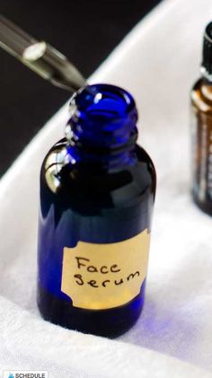 DIY Anti-Aging Face Serum This is my favorite Face Serum. There may be a chance that I love this so much because about two weeks after I started using it I got carded buying wine. I thought it was a joke at first, because in no way to I look under Obvi Anti Aging Serum, Best Anti Aging, Anti Aging Skin Care, Facial Serum, Natural Living, Essential Oils For Face, Wie Macht Man, Routine, Wine
