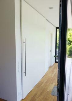 Finde moderne Fenster & Tür Designs: Wohnen. Entdecke die schönsten Bilder zur Inspiration für die Gestaltung deines Traumhauses.