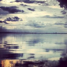 Congo river is a mirror. Congo River, Beautiful Landscapes, Kenya, Architecture Art, Tattoo Quotes, Africa, Clouds, Humor, Mountains