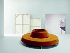 Photo concept de canapé en cercle avec dossier central → touslescanapes.com