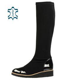 90cf258733 Čierne pohodlné čižmy s lakovanými prvkami A1019-1